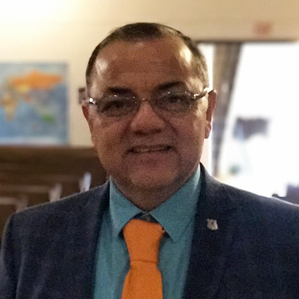 Pastor Luis Nunez